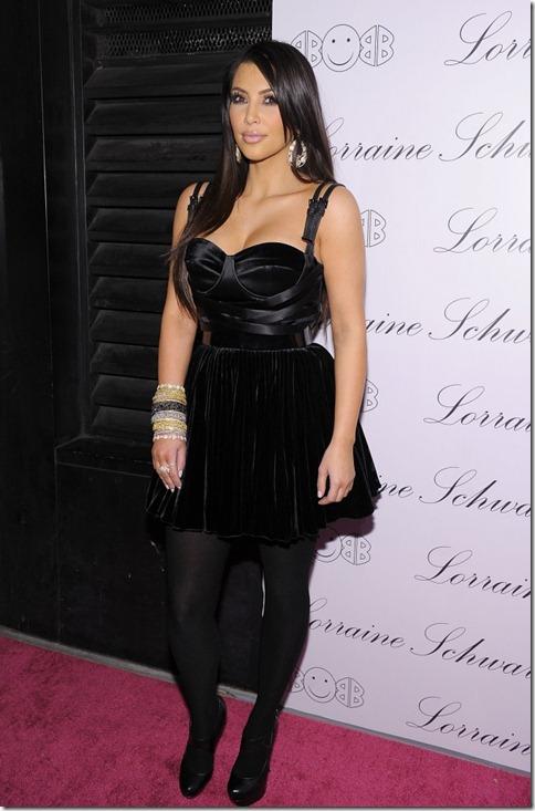 kim-kardashian-beyonce-lorraine-schwartz-2bhappy-jewelry-6-675x1024