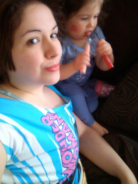 Les lipsies D'Annabelle: même Mini Radieuse les adore (un peu trop) #AnnabelleLipsies