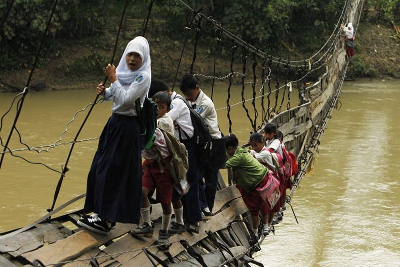 INDONESIA/