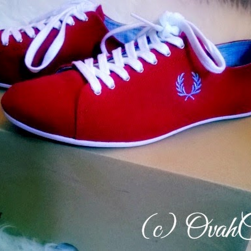 Shoes: Fred Perry Alley Canvas Red Trainers
