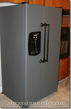 Chalk_Board_Painted_Refrigerator_(22)
