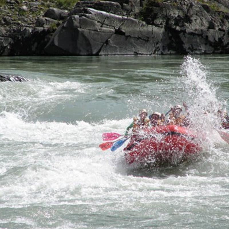 5 lugares ideales para hacer rafting en Argentina.