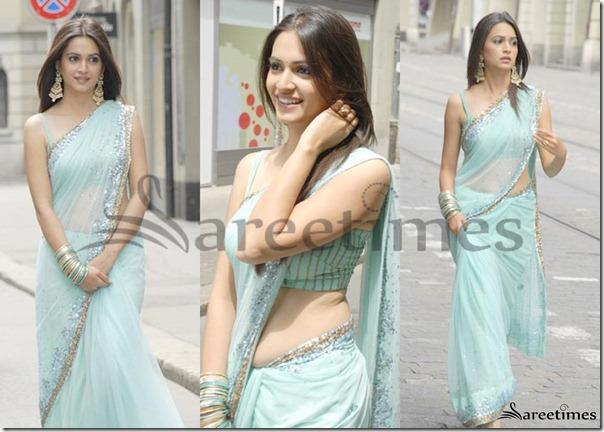 Kriti_Kharbanda_Blue_Saree