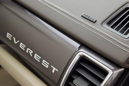 Ford-Everest-12.jpg