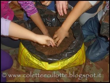 Piantiamo il basilico con i bimbi della Scuola Materna di Padulle - 6 marzo 2014 (12)
