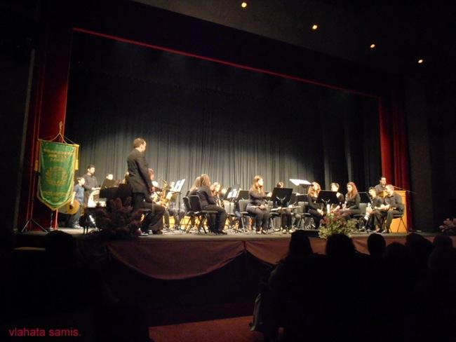 Εικόνες από τη συναυλία της Φιλαρμονικής Σάμης και της Χορωδίας Λειβαθούς στον Κέφαλο