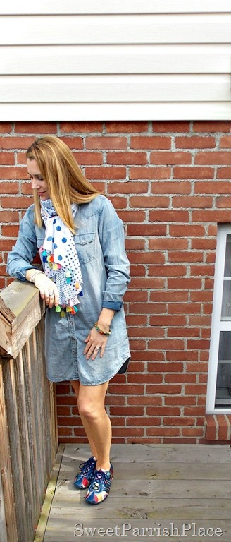 denim shirtdress, tassle scarf, sneakers1