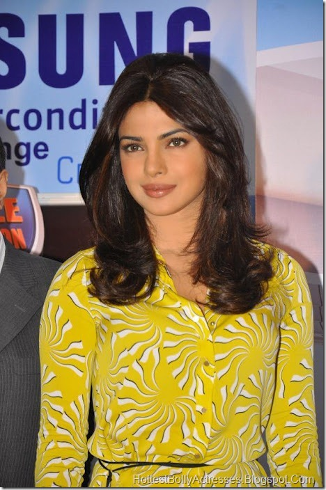 Priyanka Chopra Sexy Pics in Yellow Dress 5