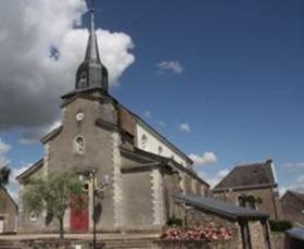 Eglise Saint-Symphorien (bâtiment faisant partie du patrimoine immobilier de la commune depuis la loi de séparation des Eglises et de l'Etat en 1905)