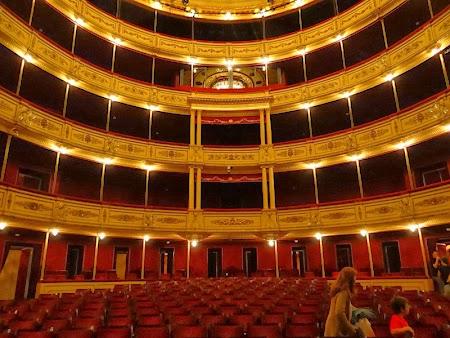 10. Sala mare - teatrul Solis.JPG