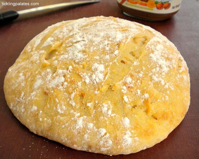 5 Minute No Knead Artisan Bread