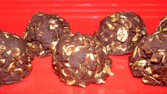 Healthier No Bake Peanut Butter Chocolate Oat Cookies