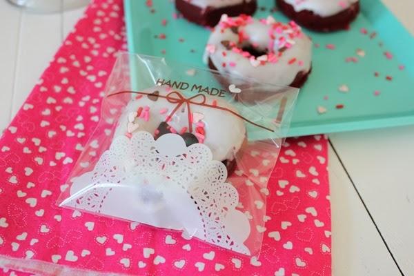 Valentine Red Velvet Donuts #valentine #donut #redvelvet