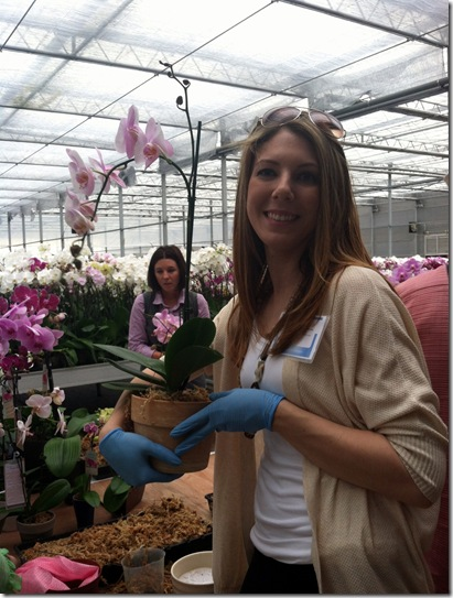 Costa_Potting an orchid_2