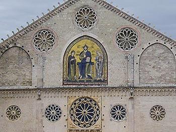 Duomo Spoleto otto rosoni