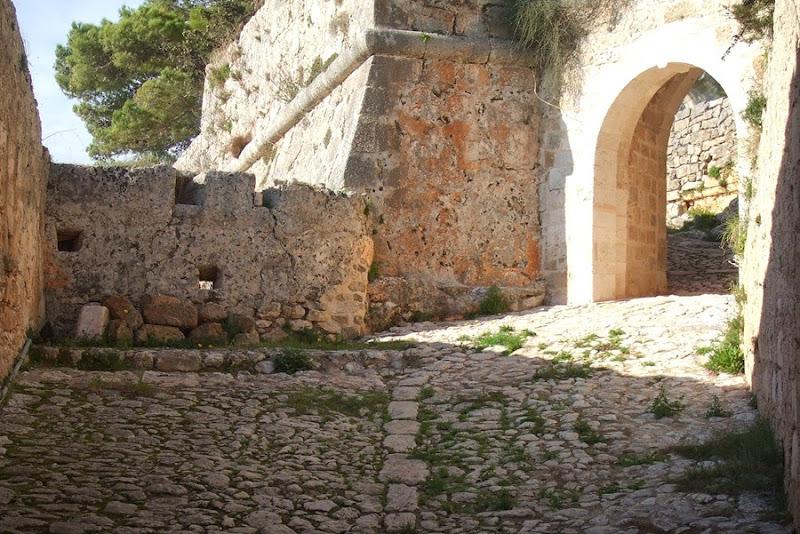 Επιστολή Κουρή στον Παναγιωτόπουλο: «Ευχαριστούμε για το Κάστρο»