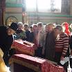 Перед освящением престола сёстер в алтарь завели (5).JPG