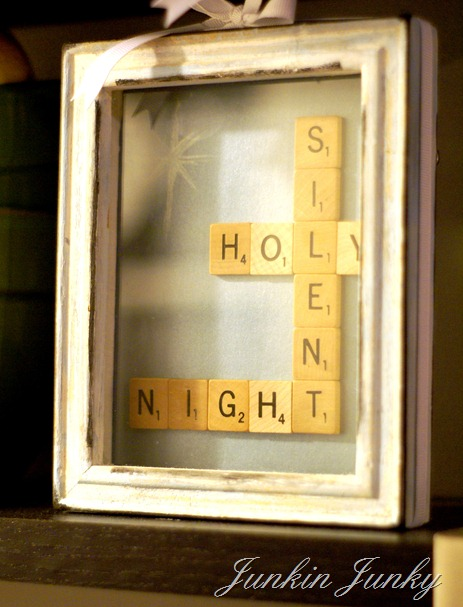 Scrabble tiles Christmas craft at JunkinJunky.blogspot.com