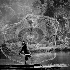 by DODY KUSUMA  - Black & White Street & Candid (  )