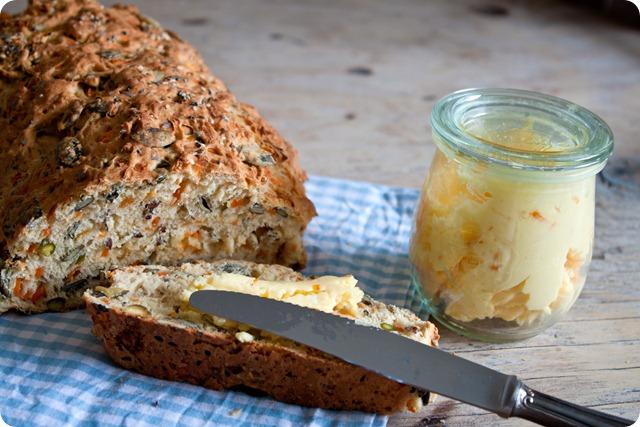 Ψωμί με ξυνόγαλα και καρότα (1 von 1)