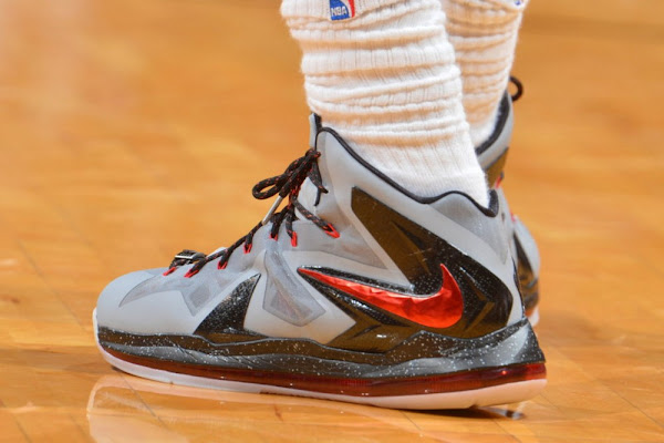 LeBron Wears 3 Different LBJ 10 Elites in 3 Straight Games