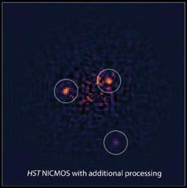 os três planetas revelados orbitando a HR 8799