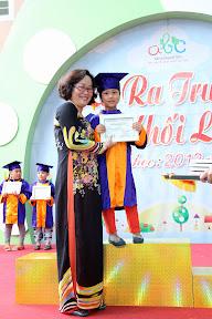 Lễ Ra Trường Khối Lá Năm Học 2012 - 2013