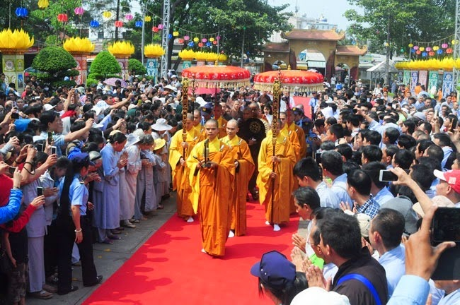 tam-tang-phap-su-thuyet-phap-chua-Hoang-Phap (9)