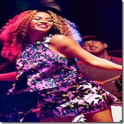 Beyonce_Solange_Knowles_Coachella20145