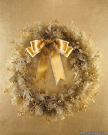 This gold wreath is very fanciful. (marthastewart.com)