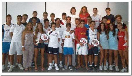VISION y PADEL LOBB reúnen a sus equipos de menores durante el Campeonato de España.