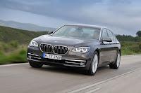 2013-BMW-7-Series-27.jpg