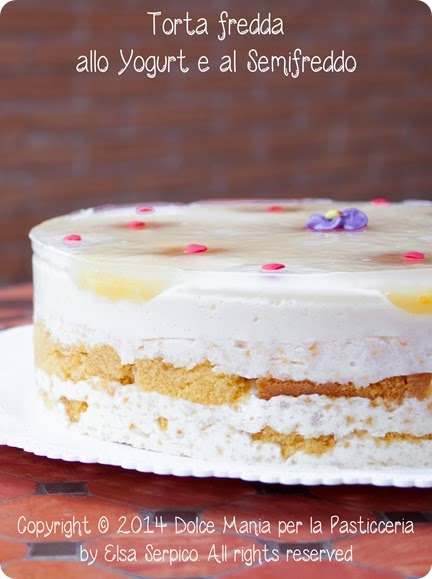 Torta-di-yogurt-e-semifreddo-con-ananas-e-albicocca-4