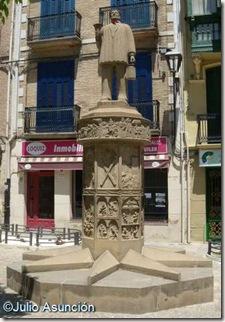 Monumento al Auroro - Vista general - Estella
