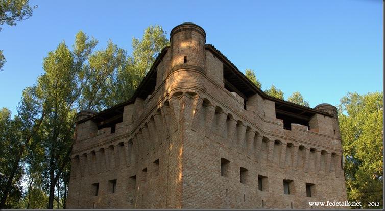 Rocca Possente di Stellata 1, Bondeno, Ferrara, Italia - Mighty fortress of Stellata 1, Bondeno, Ferrara, Italy - Property an Copyright www.fedetails.net