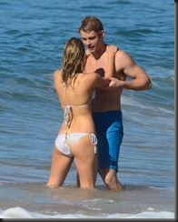 Samara Weaving, Luke Mitchell