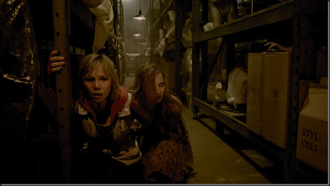 silent-hill-revelation-3d_on _DVD_image_2