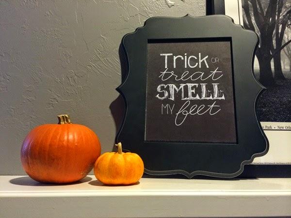 Halloween Banner Mantle 1