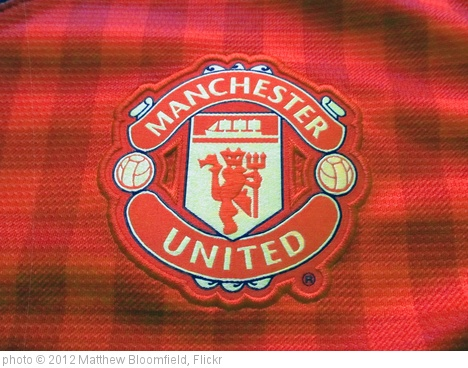 'Manchester United FC Badge' photo (c) 2012, Matthew Bloomfield - license: http://creativecommons.org/licenses/by-sa/2.0/