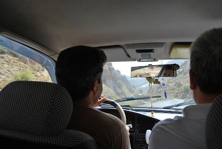 Transport Turkmenistan: cu dubita spre granita cu Iran