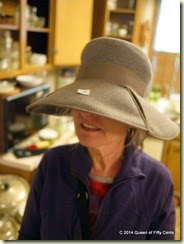 Vintage hat with split brim