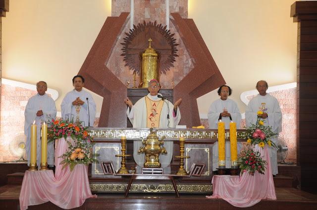 Thánh lễ bổ nhiệm các cha sở tại Đông Mỹ, Chợ Mới và Mằng Lăng