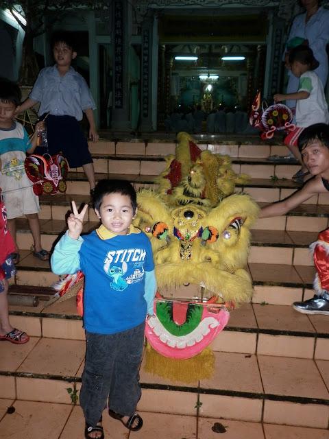TrungThu2011KhanhVan_19.jpg