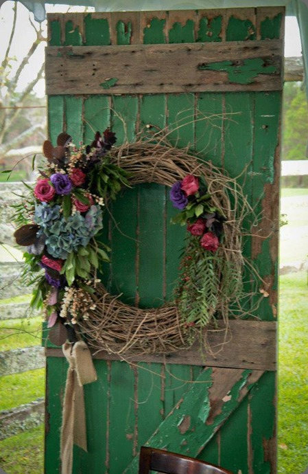 wreath 936441_509172465819359_1742390723_nn twig & grace