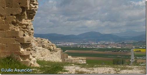 Vistas de Pamplona desde el castillo de Tiebas