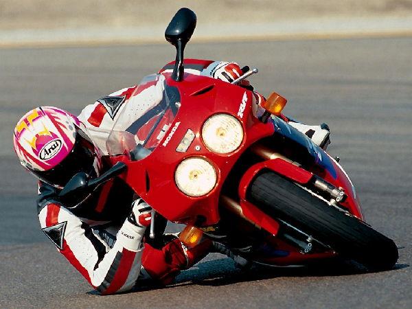 motociclismo-poli-00019.jpg