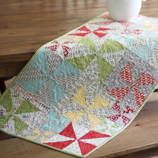 Table Runner Cluck Cluck Sew