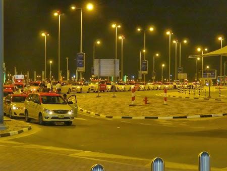 Taxiuri la aeroportul Al-Maktoum