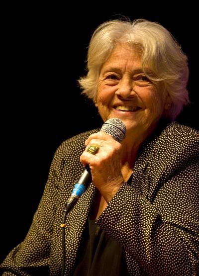 Adélia Prado ebooklivro.blogspot.com