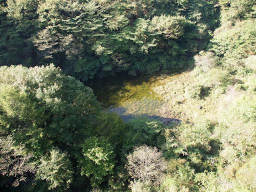 [写真]第六の湖「赤池」